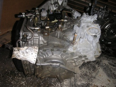MAZ6 2004 AT 3.0L 5SPD JF506E IC61556